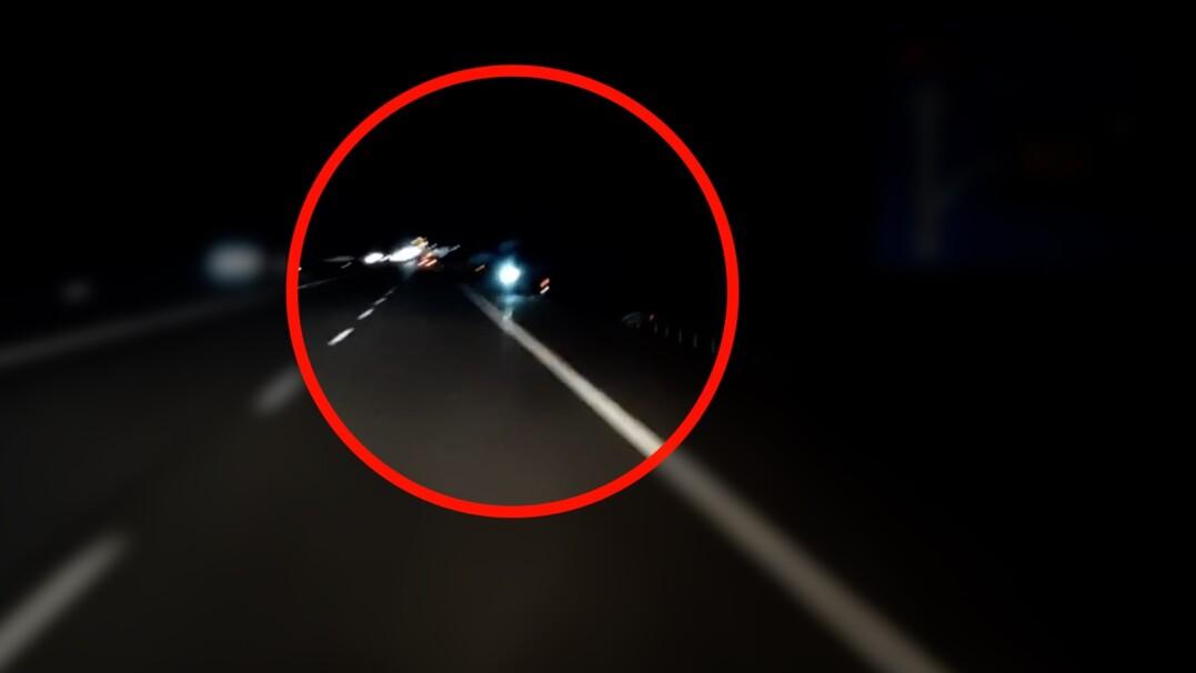 Jechał autostradą pod prąd na hulajnodze