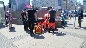 """Ranny mężczyzna koło Rotundy. """"Policjanci poszli po śladach krwi"""""""